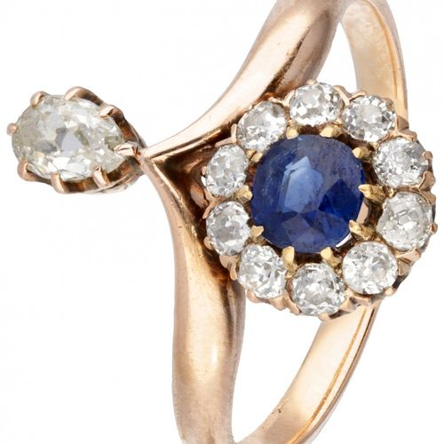 14K. Rose gold antique ring set with approx. 0.39 ct natural sapphire and approx…
