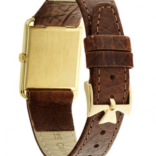 Vacheron & Constantin 6123 Men's watch apprx. 1960. 表壳: 黄金(18K) 表带: 皮革 手动上链 最近一次…