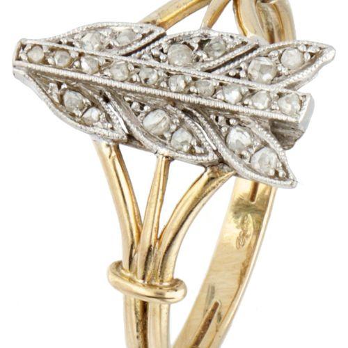 BLA 10K. Yellow gold Art Deco feather ring set with rose cut diamond. 镶嵌22颗玫瑰式切割…