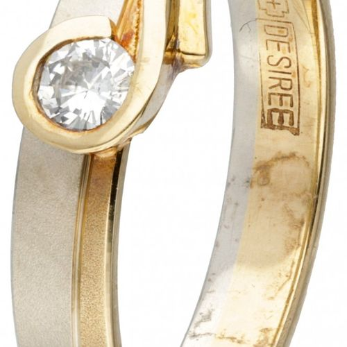 14K. Bicolor gold Desiree ring set with approx. 0.10 ct. Diamond. Partiellement …