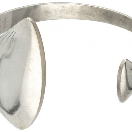 Bent Gabrielsen for Hans Hansen no.214 silver bangle 925/1000. 印记:Hans Hansen (K…
