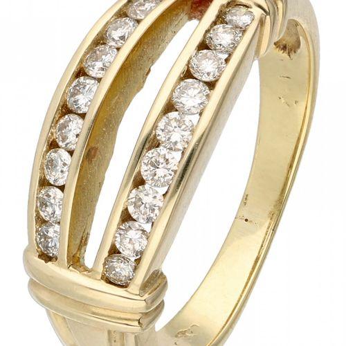 14K. Yellow gold ring set with approx. 0.36 ct. Diamond. 18颗明亮式切割钻石(18x约0.02克拉)。…