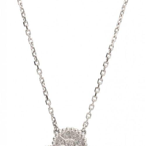 18K. White gold Van Cleef & Arpels necklace and 'Diamond Magic Alhambra' pendant…