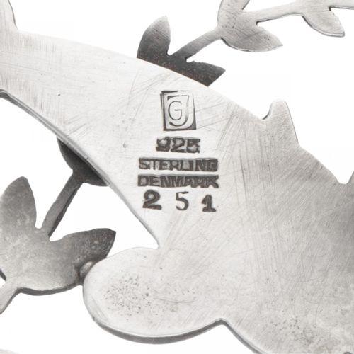 Arno Malinowski for Georg Jensen no.251 silver 'Dolphins' brooch 925/1000. Poinç…