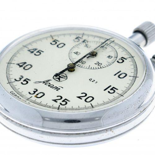 CCCP stopwatch appr. 1970. Boîtier : acier remontage manuel état : bon diamètre …