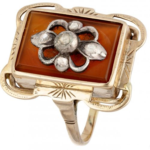 14K. Yellow gold antique ring set with rose cut diamonds. Poinçons : 585, ZI. Av…