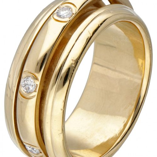 18K. Yellow gold Piaget 'Possession' ring set with approx. 0.28 ct. Diamond. Poi…