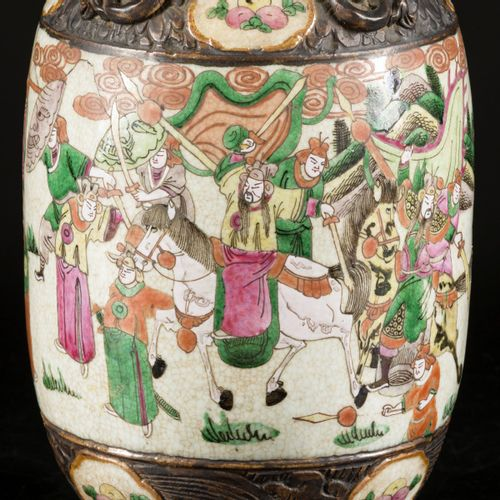 A Nanking earthenware vase decorated with figures, China, 19th century. Dim. 45 …
