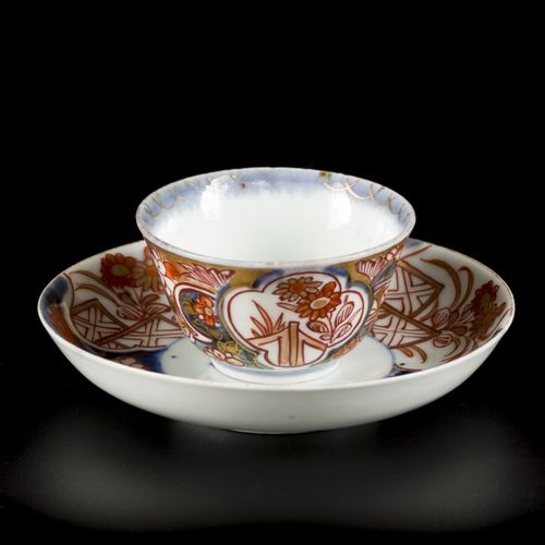 A set of (3) porcelain cups and saucers with Imari decoration, Japan, 18th centu…