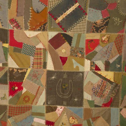 "A folk art ""Americana"" quilted plaid, United States, late 19th century. 由各种织物碎片制…"