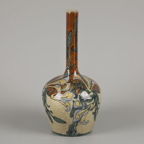 J.W. Mijnlieff (Jutphaas 1862 1940 Scheveningen), vase with polychrome stylized …