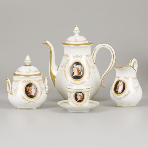 An extensive (27 piece) coffee service with neoclassicist motif, France, ca. 190…