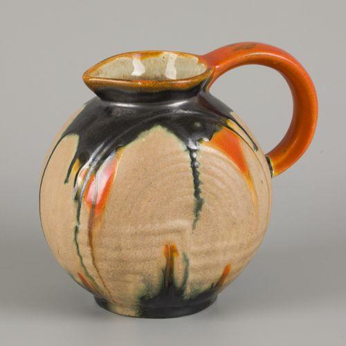 Velsen / Noord Holland pottery pitcher model 131 B (KTP, Kennemer potterij N.V.)…