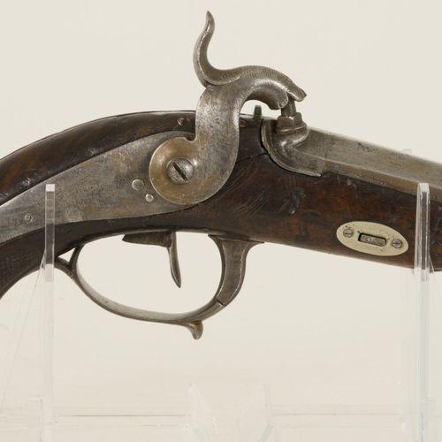 A Cavalry percussion pistol, France, late 18th century. Pour la poudre à canon. …