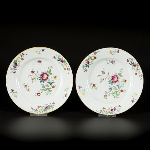 A set of (6) porcelain famille rose plates with floral decoration, China, 18th c…