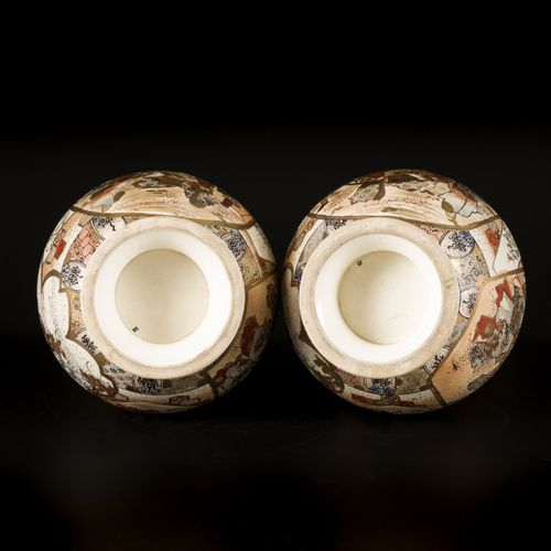 A set of (2) Satsuma earthenware vases with floral decoration, Japan, end of Mei…