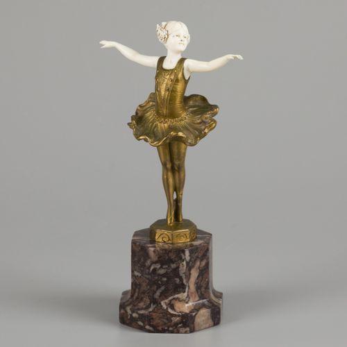 Johann Philipp Ferdinand Preiss (1882 1943), A 'chryselephantine' figure of a da…
