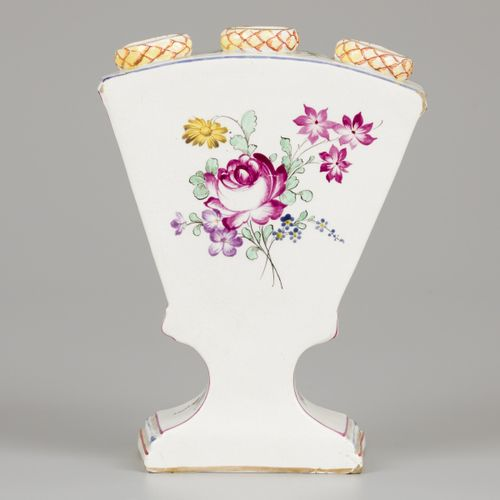 A porcelain tulip vase with a decor of a fisherman, Höchst Germany, circa 1760. …