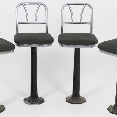 A lot comprised of (4) design swivel bar stool/ counterchairs, U.S.A., 1931. 管状环…