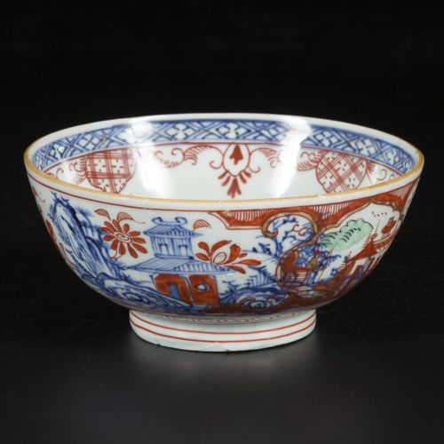 A porcelain bowl with Amsterdams Bont decor, China, 18th century. Diam. 15 cm. U…