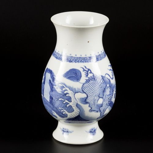 A porcelain vase decorated with foo dogs, marked Lingzhi, China, 19th century. D…