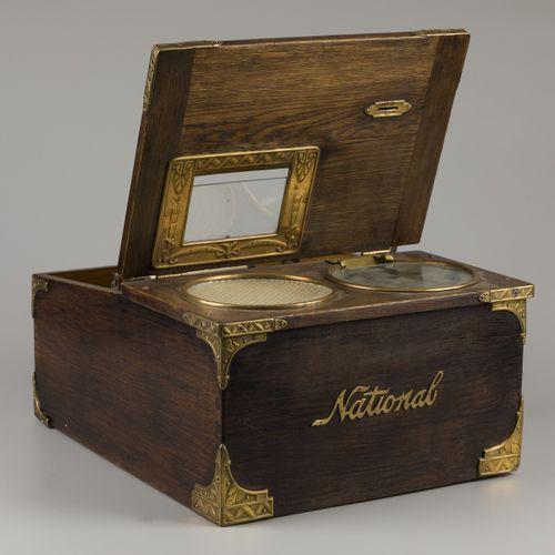 "A wooden ""The National Cash Register Co., Dayton. Ohio. U.S.A"", Verenigde Staten…"