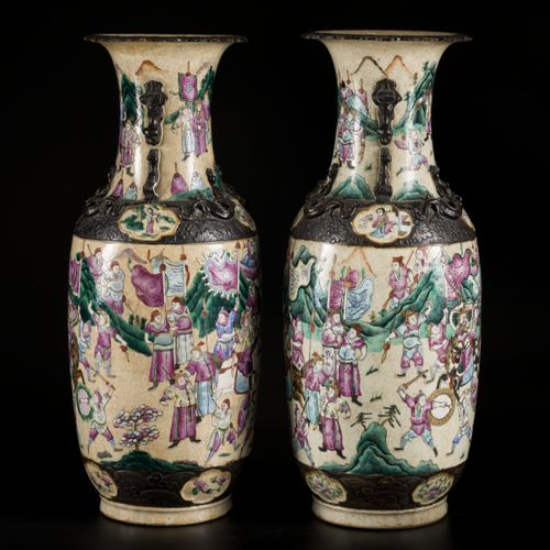 A set of (2) Nan King ware vases decorated with warriors, China, 2nd half 19th. …