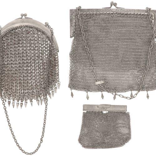 (3) piece lot with bracket bags & purse, alpacca. In verschiedenen Ausführungen.…