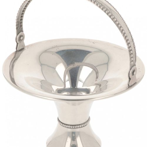 Pastille handle basket silver. Trompetenförmiges Modell mit beschwertem Sockel u…