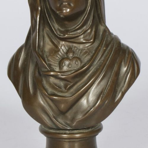 A bonze bust of the Virgin Mary with the immaculate heart. 1ère moitié du 20ème …