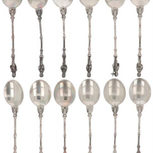 (12) piece set apostle teaspoons silver. Adornado con los 12 apóstoles. Países B…