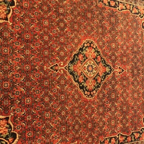 "A Persian ""Heriz"" rug, Iran, 20th century. 机械生产。尺寸。280 x 170厘米。"