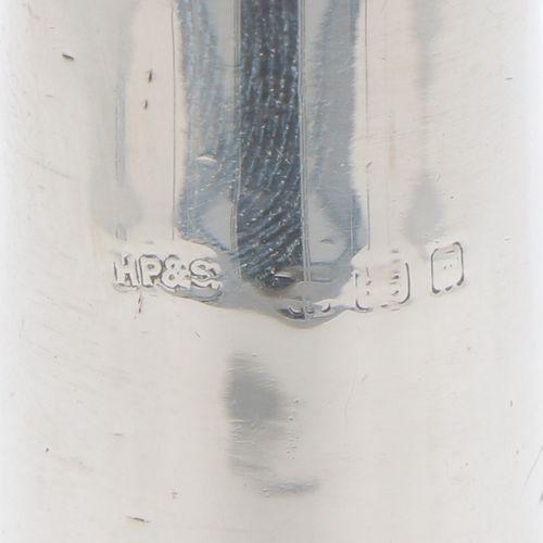 (3) piece lot, miscellaneous silver. Comprenant un arroseur, un saupoudreur de s…