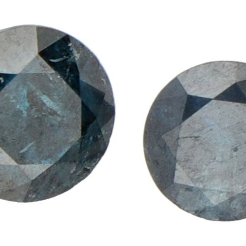 Lot of two Natural Blue Diamonds of 0.47 ct. (IGR Certified) and approx. 0.32 ct…