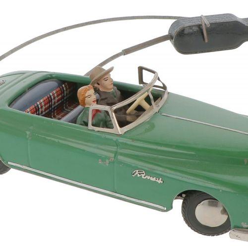 Arnold cable remote control tin toy car Complet avec les deux passagers et en bo…