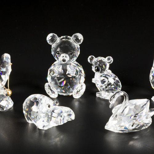 (6) piece lot Swarovski miniatures Comprenant : un hippopotame, un papillon, une…