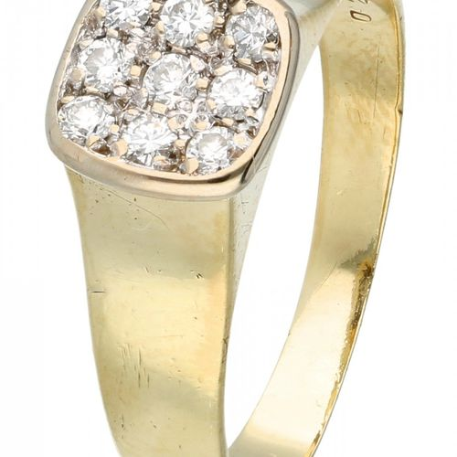 14K. Yellow gold ring set with approx. 0.18 ct. Diamond. 9 diamants taille brill…