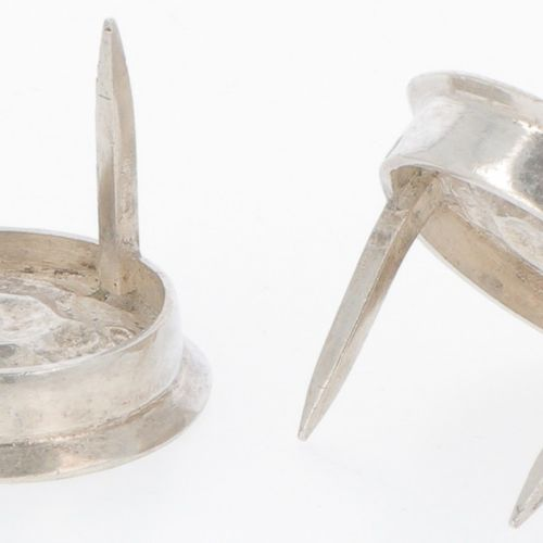 (2) piece set cheese thumbs silver. Con decoración de rosas moldeadas. Indonesia…