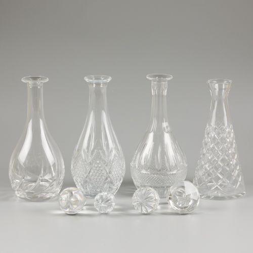 (4) piece lot of carafes / decanters En cristal, 20ème siècle, en état non utili…