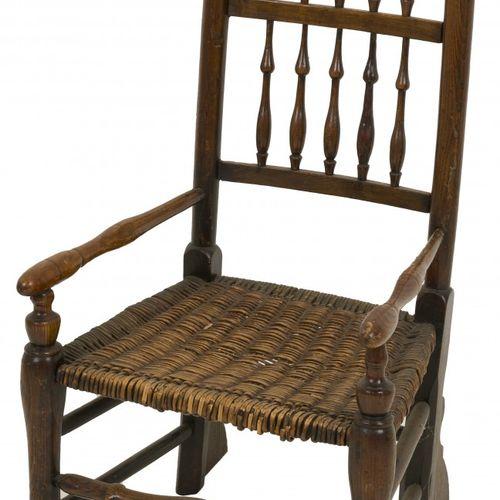 A nutwood highback chair, Dutch, 19th century. Avec des noirs en bois d'origine …