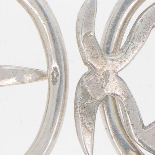 (4) piece lot miscellaneous silver. Bestehend aus einem Portemonnaie, einer Klei…