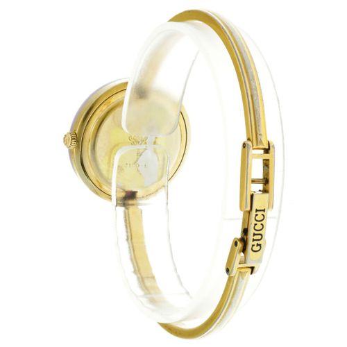 Gucci Ladies watch apprx. 2005. Caja: chapada brazalete: acero cuarzo caja, múlt…