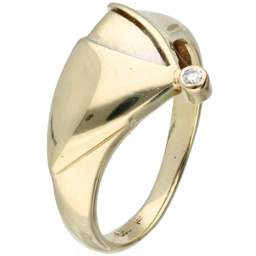 14K. Bicolor gold ring set with approx. 0.02 ct. Diamond. Ein Diamant im Brillan…