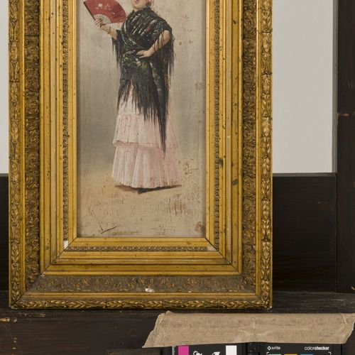 Spanish School, first quarter 20th C. A Spanish woman with a fan. Signé indistin…