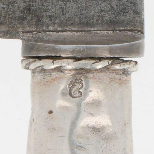 Carving knife with gun shaped handles silver. Schönes großes Modell mit floralem…