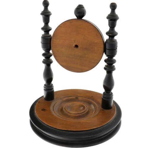 Porte Montre Wood Estado: bueno Porte Montre de madera con incrustaciones de tel…
