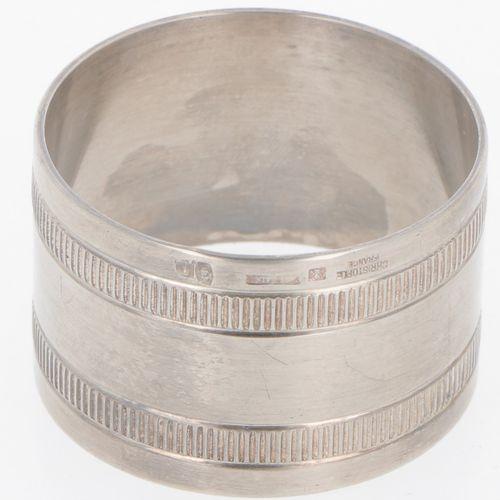 Napkin ring in original box 'Christofle' silver plated. Schönes Modell mit durch…