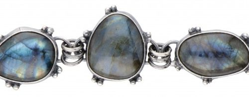 Silver bracelet set with 4 cabochon cut labradorites 925/1000. Sellos: 925, Wild…