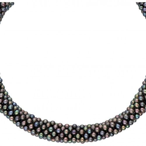 Cultivated Tahiti pearl necklace with a magnetic 925/1000 silver closure. Punzie…