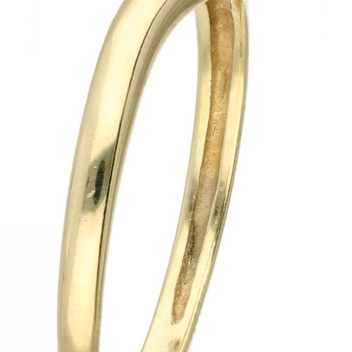 14K. Yellow gold ring set with approx. 0.03 ct. Diamond. Marca del fabricante: J…